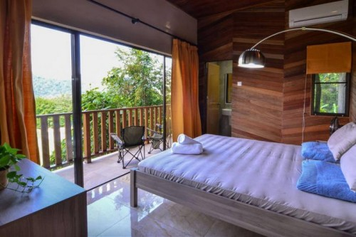 1461206751-9683-airbnb-templer3